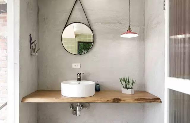 浴室设计灵感  :「浴帘当隔间」