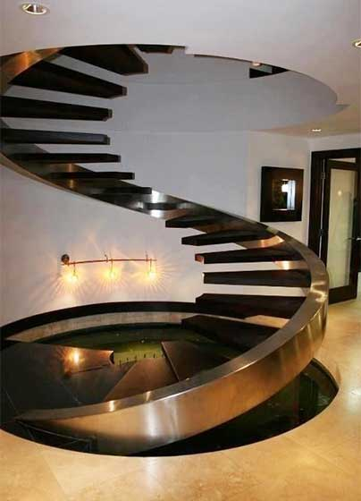 旋转楼梯装修装饰效果图