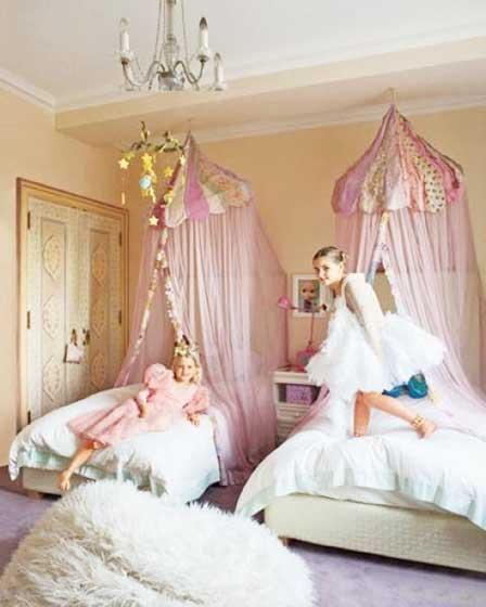 双人女生卧室图