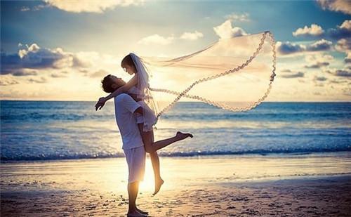 海景婚纱照图片大全 拍海景婚纱照如何选择婚纱
