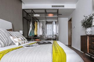 120平简约风格样板房卧室衣柜设计