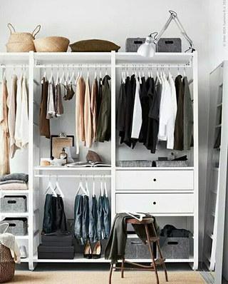 卧室简洁时尚衣柜设计图