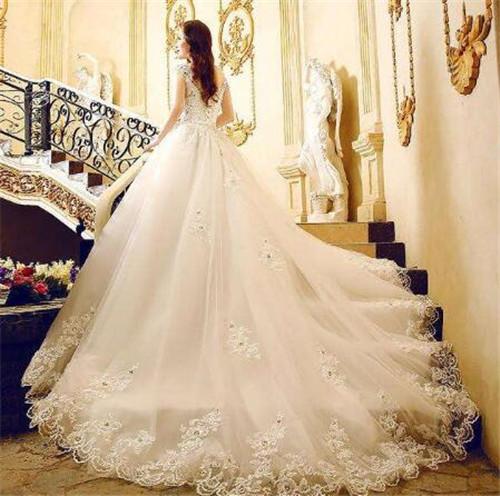 十二星座婚纱礼服图片 不同的星座如何选择婚纱