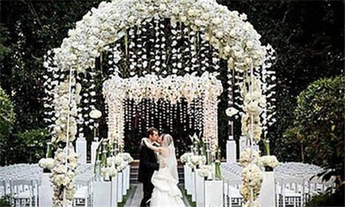 室外婚礼现场图片2017 室外婚礼布置攻略