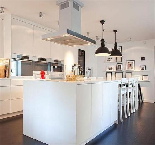 厨房怎么设计好看&nbsp;<wbr>巧用小饰品让厨房更有情调