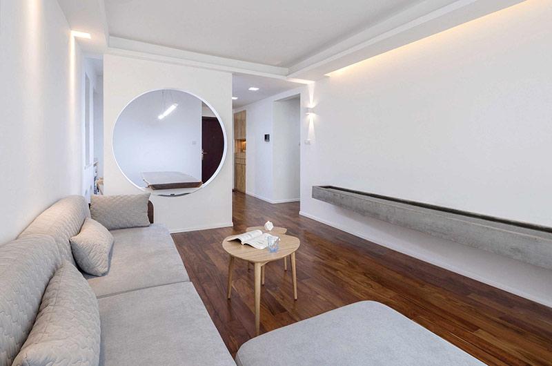 89平简约风格二居客厅木地板设计