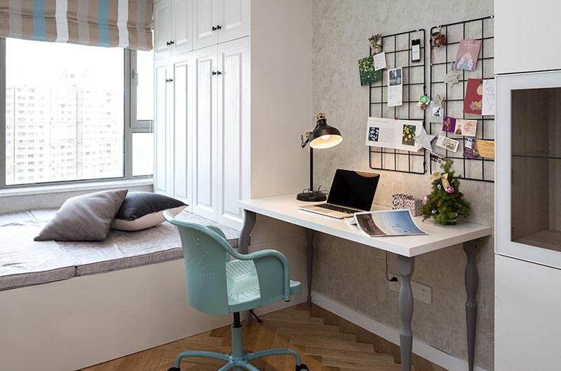 北欧风格三居室书房装潢图