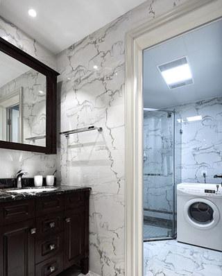 140平美式风格三居干湿分离卫生间