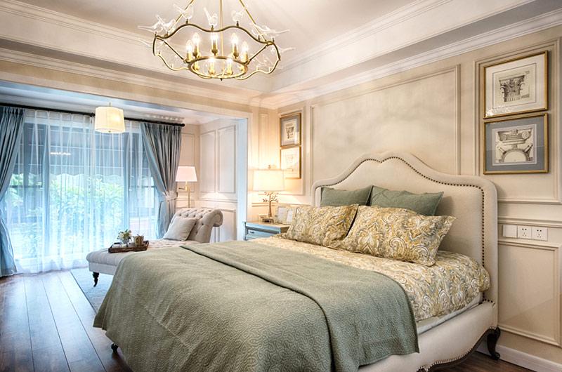 260平美式复式楼主卧室设计