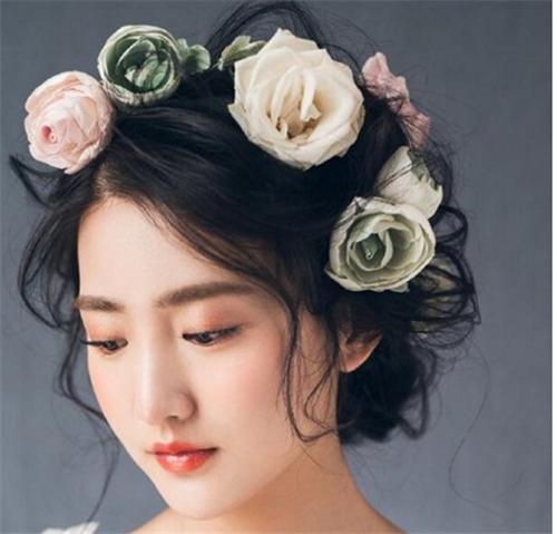 新娘鲜花造型图片2017 怎么用鲜花打造新娘造型好图片