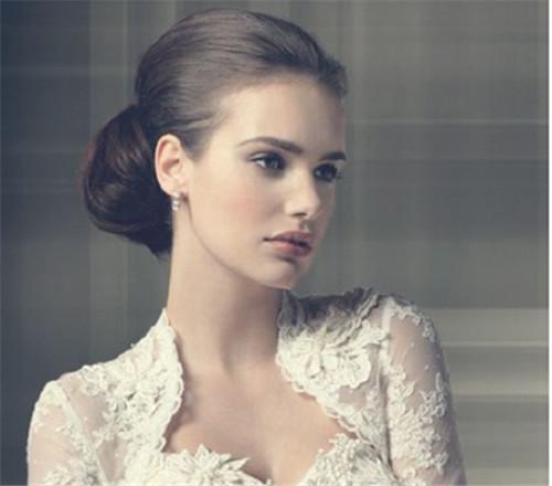 新娘结婚当天发型图片欣赏 新娘结婚当天扎什么发型好图片