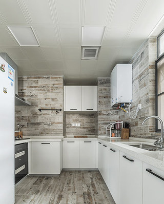 140平简约风格三居整体厨房装修