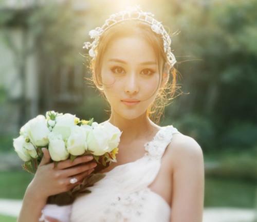 婚纱造型图片唯美发型欣赏 2017流行的新娘发型