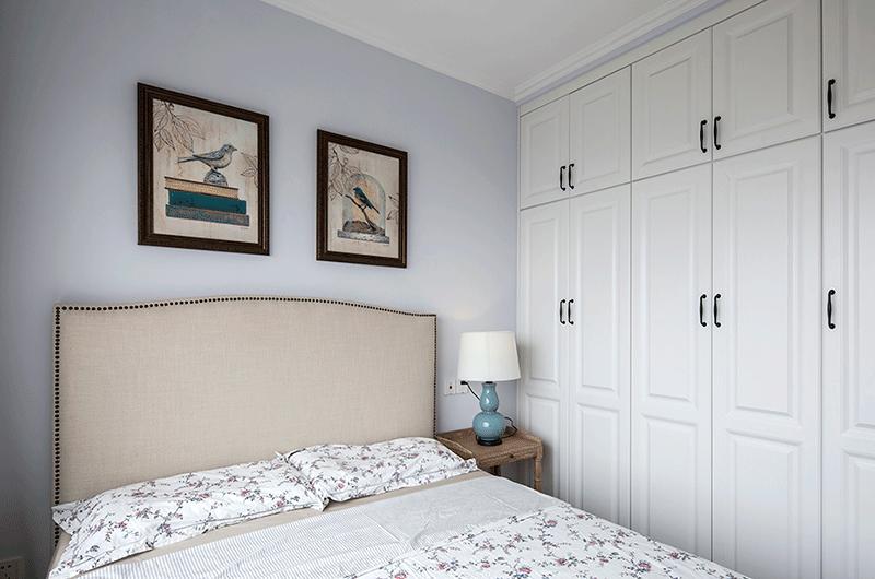 89平美式风格二居卧室衣柜图片