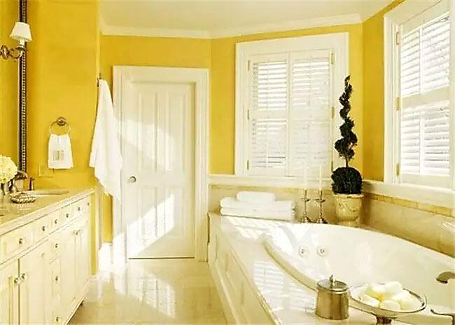 卫生间装修黄色背景墙