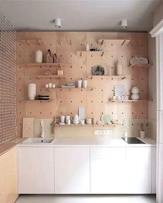 厨房装修木质置物架图片