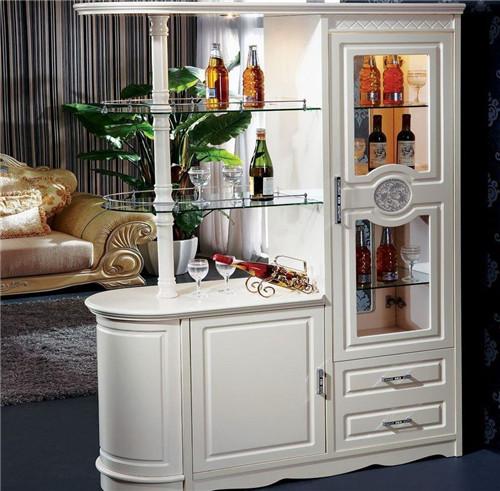 隔断酒柜装修效果图 时尚又新颖的隔断效果图