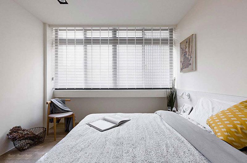北欧风格复式楼卧室床品图片