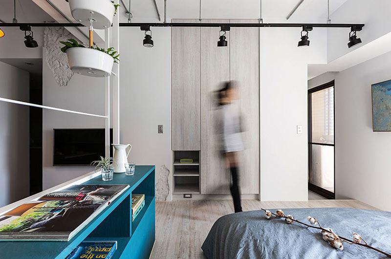 小户型loft装修卧室衣柜图片