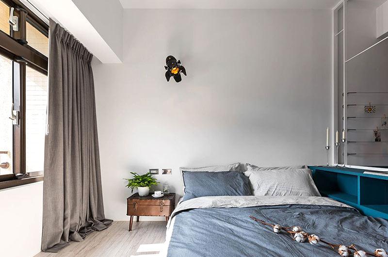 小户型loft装修卧室床品图片