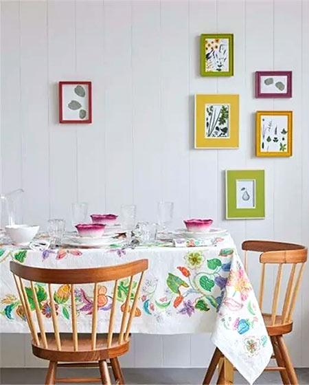 可爱小户型餐厅桌布效果图