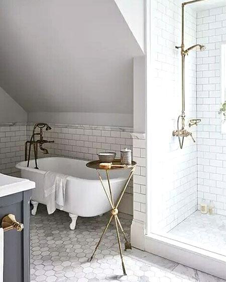 阁楼卫生间浴缸效果图片