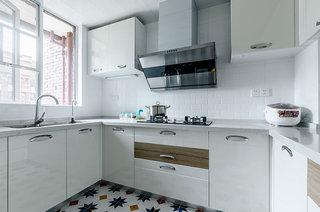 107平北欧风格三居厨房设计图