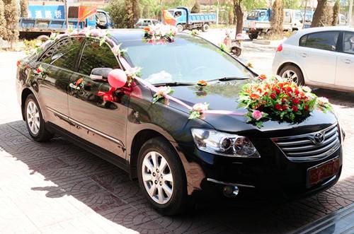 镇江婚车装饰多少钱合理 婚车各个部位装饰方法大盘点