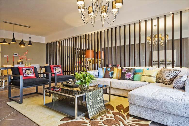 70平北欧风两室一厅,简单的白色搭配亮眼的黄色!