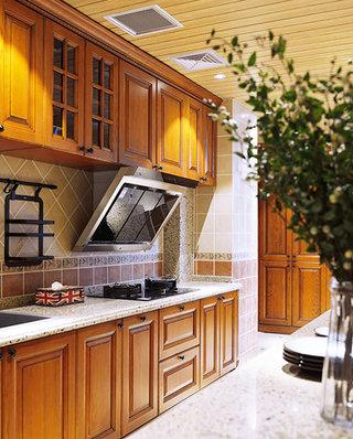130平法式风格四居整体厨房装修