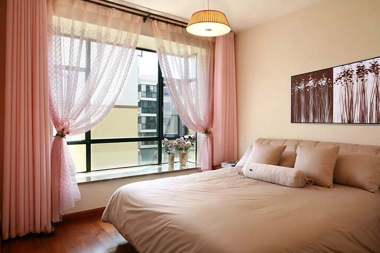 卧室布艺窗帘布置平面图