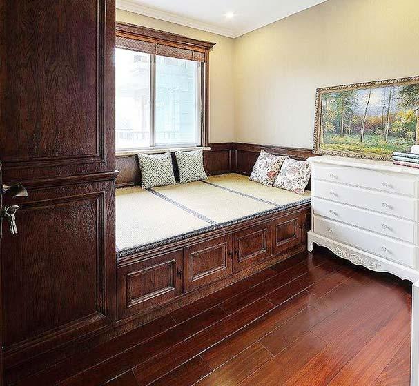 卧室榻榻米装修构造图