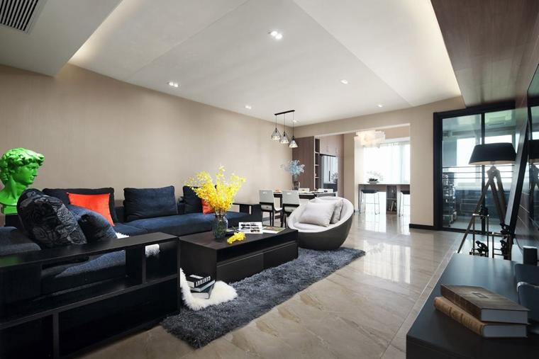 140平现代混搭风格装修实木沙发图片