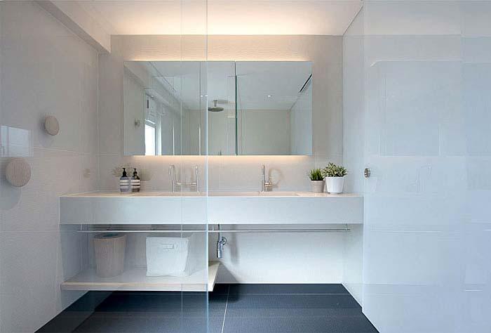 现代简约两居室卫生间平面图