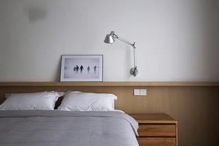 现代简约风格三居室卧室壁灯图片