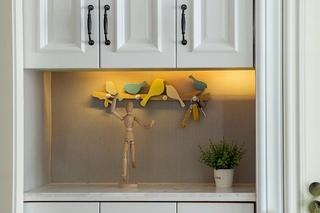 90平混搭风格两居室装修效果图玄关柜图片