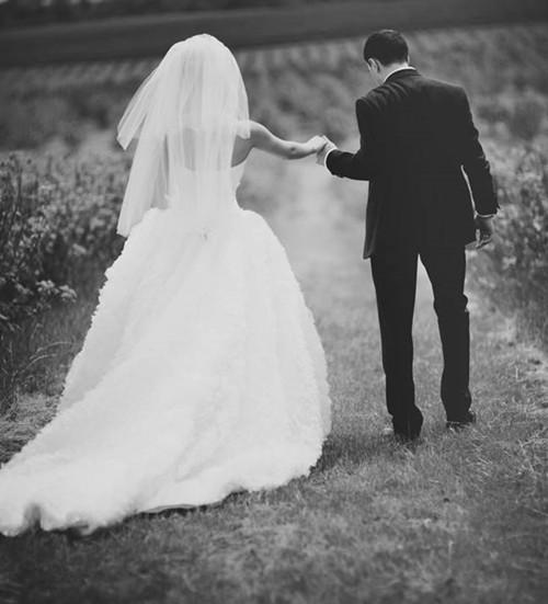 婚纱照背影图片大全 2017婚纱照风格有那些图片
