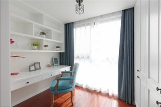 110平美式风格三居室卧室窗帘