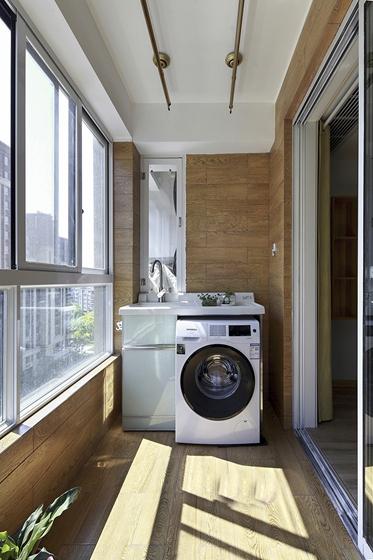 90平日式风格两居室装修阳台效果图
