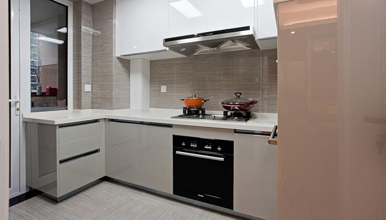 130平三居室装修样板间厨房效果图