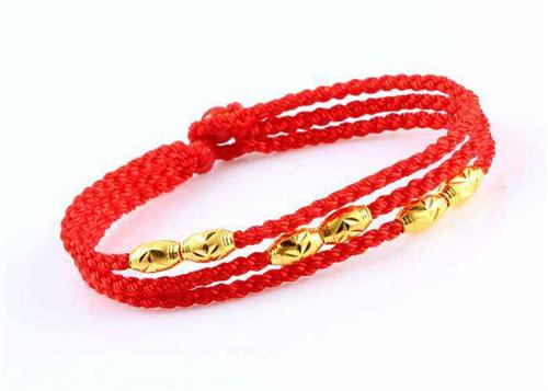 红绳戒指编织步骤解析 红绳戒指戴不同手指的意义