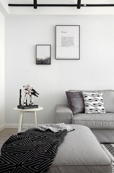 黑白调北欧风格装修客厅沙发图片