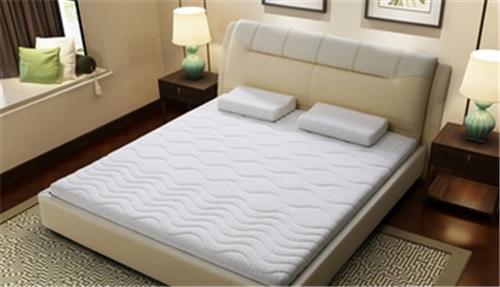 3,3d床垫使用的材料在结构方面也是有些讲究的,一般使用的材料都是