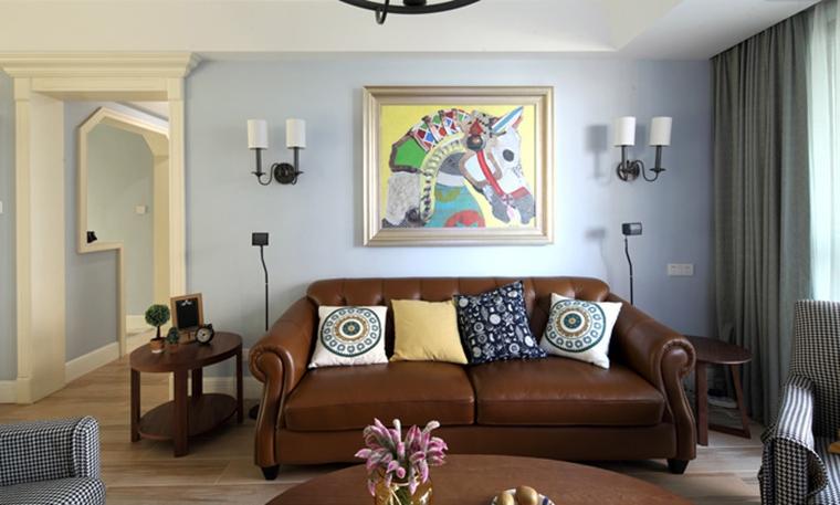 130平三居室装修沙发背景墙图片