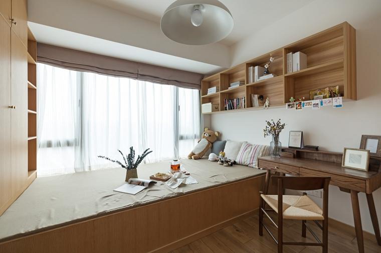 现代原木风三居室装修次卧装潢图