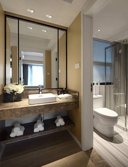 现代简约风格装修卫生间图片