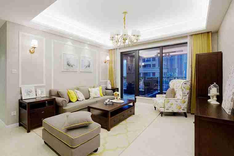 90平美式风格装修布艺沙发图片