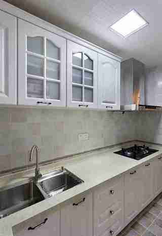 20万搞定三居室装修厨房效果图