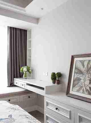 90平三居室装修飘窗