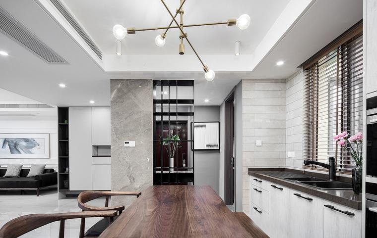 120平三居室装修餐厅效果图
